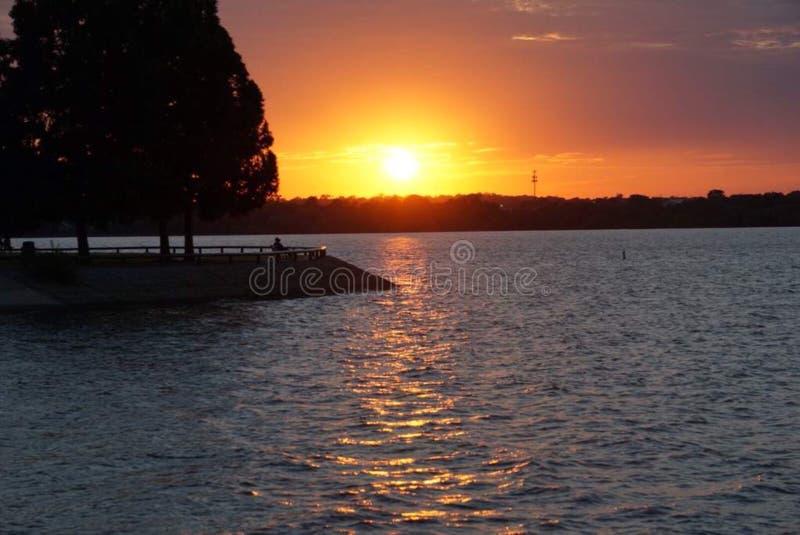 Lago sunset fotos de archivo libres de regalías