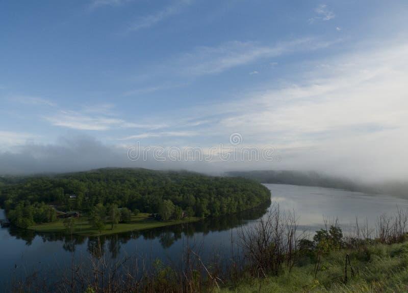 Lago Taneycomo em Missouri para o turismo fotos de stock