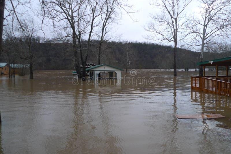 Lago Taneycomo flooding em Missouri foto de stock