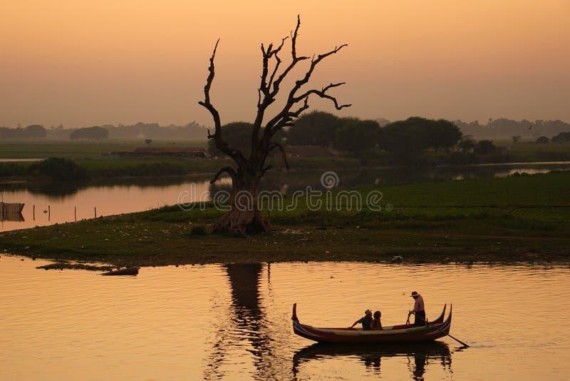 Lago Taungthaman fotos de stock