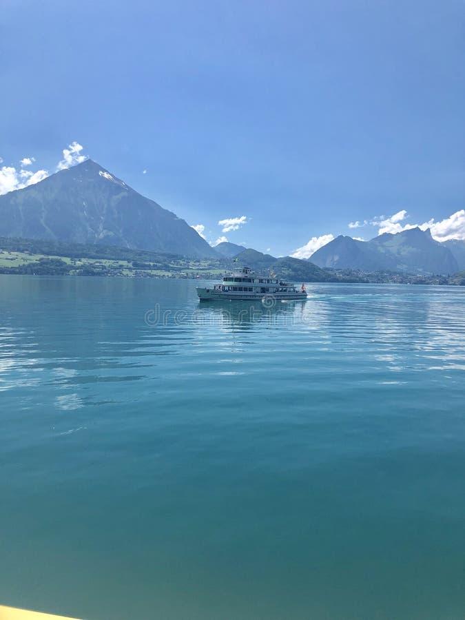 Lago Thun fotografie stock