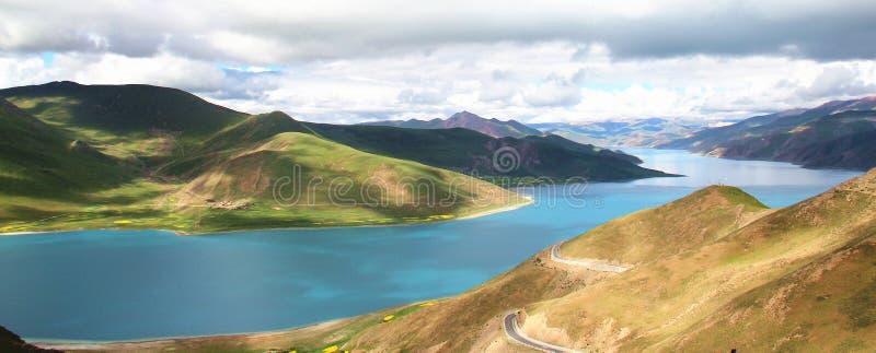 Lago Tibet Yamdrok fotografia de stock