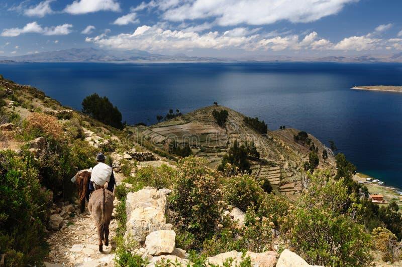 Lago Titicaca, Bolívia, paisagem de Isla del Solenóide fotografia de stock