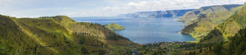 Lago toba ou danau toba em Indonésia fotografia de stock