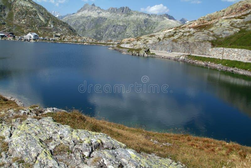 Lago Totensee al passaggio di Grimsel immagini stock libere da diritti