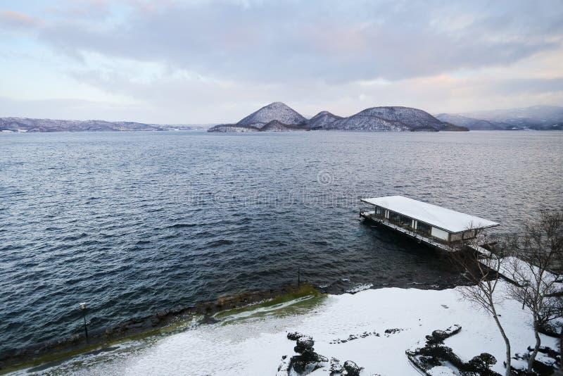 Lago Toya durante invierno foto de archivo libre de regalías
