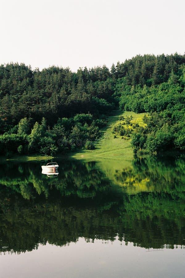 Lago Uvac in Serbia fotografie stock libere da diritti