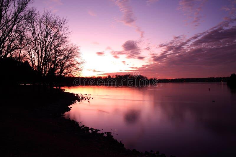 Lago viejo hickory de la puesta del sol fotografía de archivo