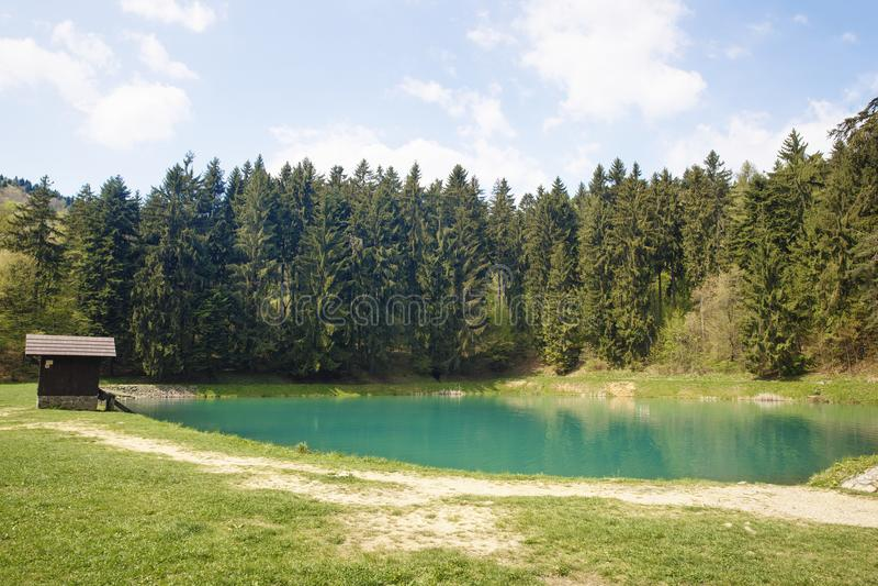 Lago Vodarenska em Banska Stiavnica fotos de stock royalty free
