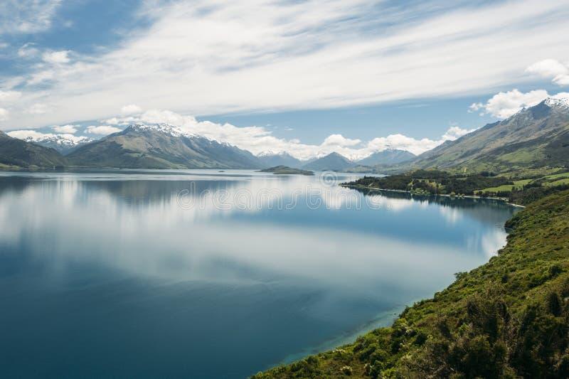 Lago Wakatipu, Nueva Zelandia foto de archivo