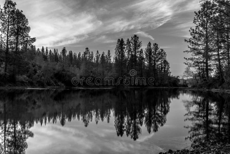 Lago Whiskeytown immagine stock