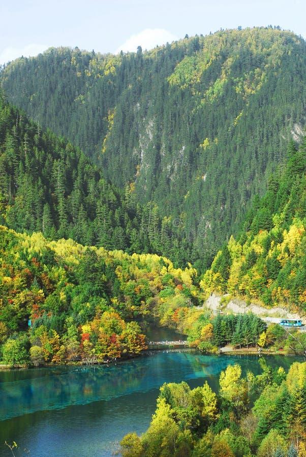 Lago Wu Hua em Jiuzhaigou fotos de stock