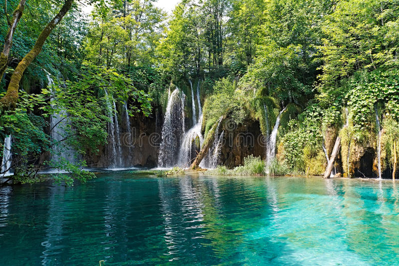Lago y cascadas en Croatia fotografía de archivo libre de regalías