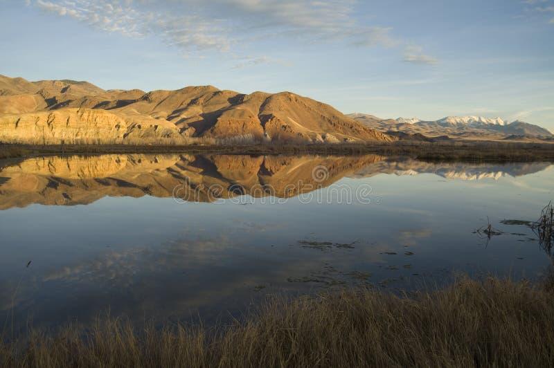 Lago y montañas idaho fotos de archivo libres de regalías