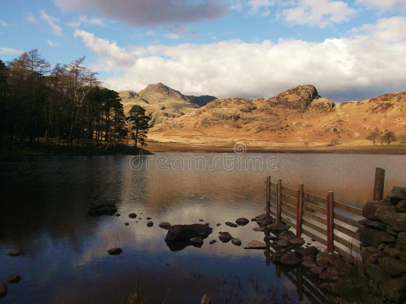 Lago y montañas, Langdale, Cumbria, Inglaterra fotos de archivo
