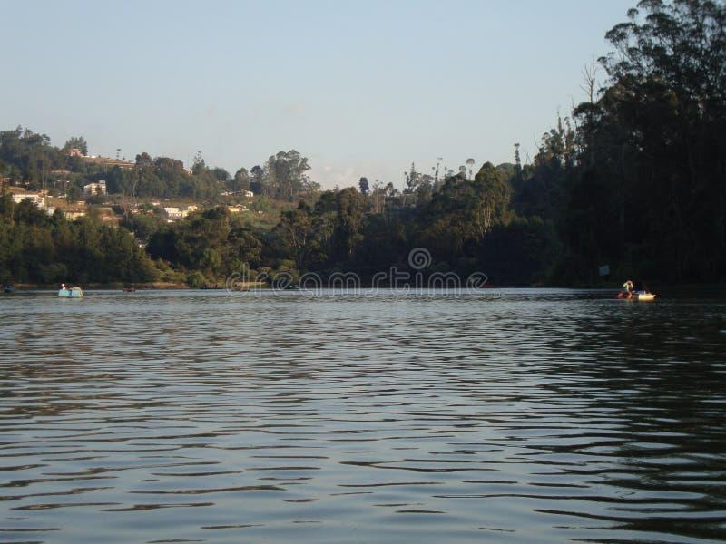 Lago y r?os foto de archivo