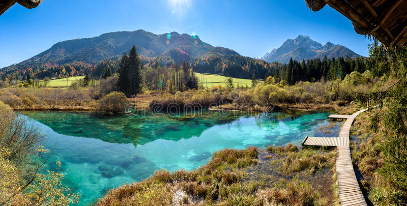 Lago Zelenci en Eslovenia foto de archivo libre de regalías