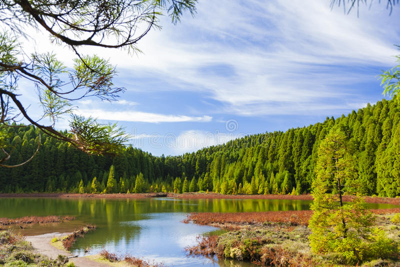 Lagoa/湖Canario,亚速尔群岛,葡萄牙 免版税图库摄影