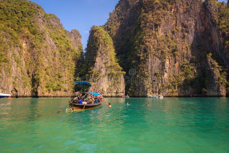 Lagoa de Pileh na ilha de Koh Phi Phi imagens de stock
