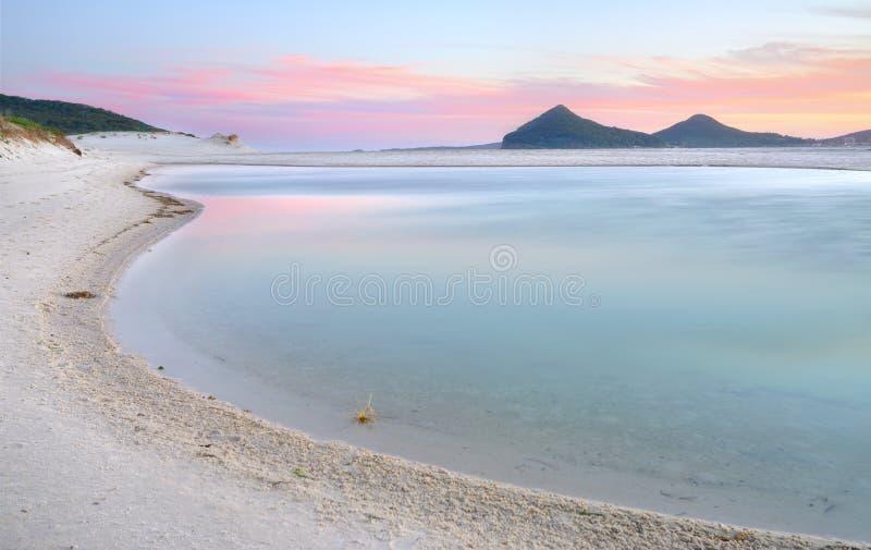 Lagoa de Winda Woppa no por do sol imagem de stock royalty free
