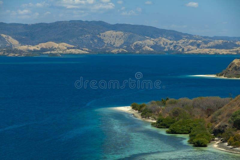 Lagoone 17 Eilanden Riung Flores Indonesië van het Cristal Duidelijke Water stock foto's