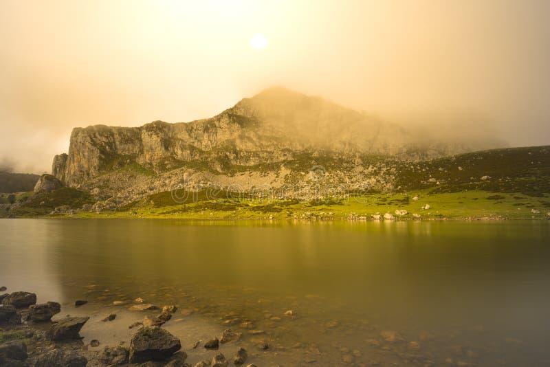Lagos de Covadonga imagenes de archivo