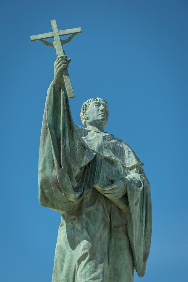 LAGOS, PORTUGAL - CIRCA MAYO DE 2018: Estatua del santo portugués fotografía de archivo libre de regalías