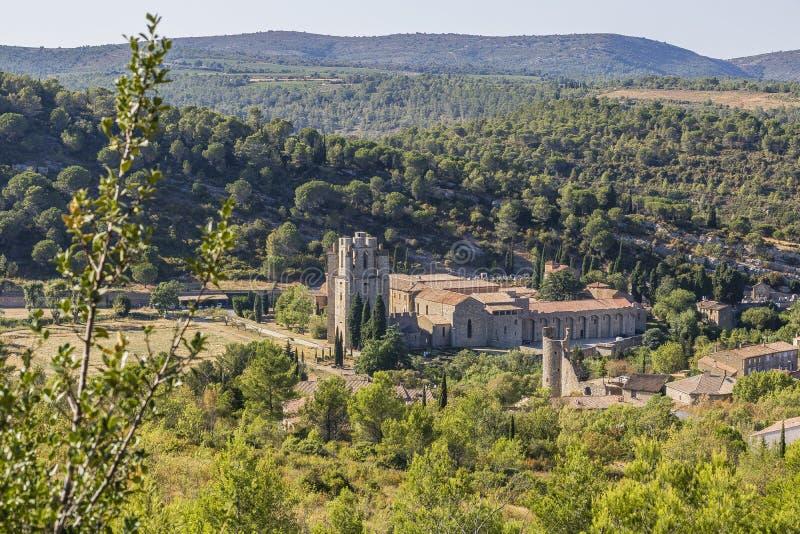 Lagrasse Abbaye, Frankrijk stock fotografie