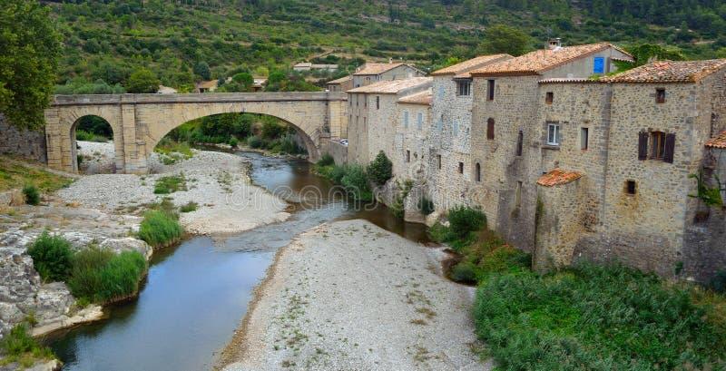 Lagrasse, Aude, Languedoc Frankreich lizenzfreies stockbild