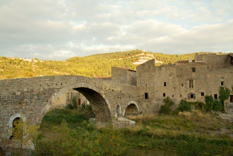 Lagrasse en el Languedoc foto de archivo
