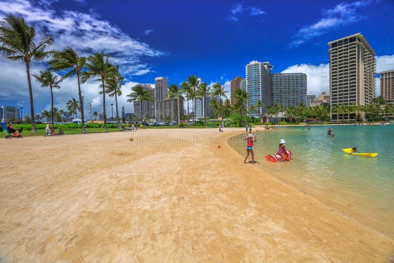 Lagun i den Waikiki stranden arkivfoton