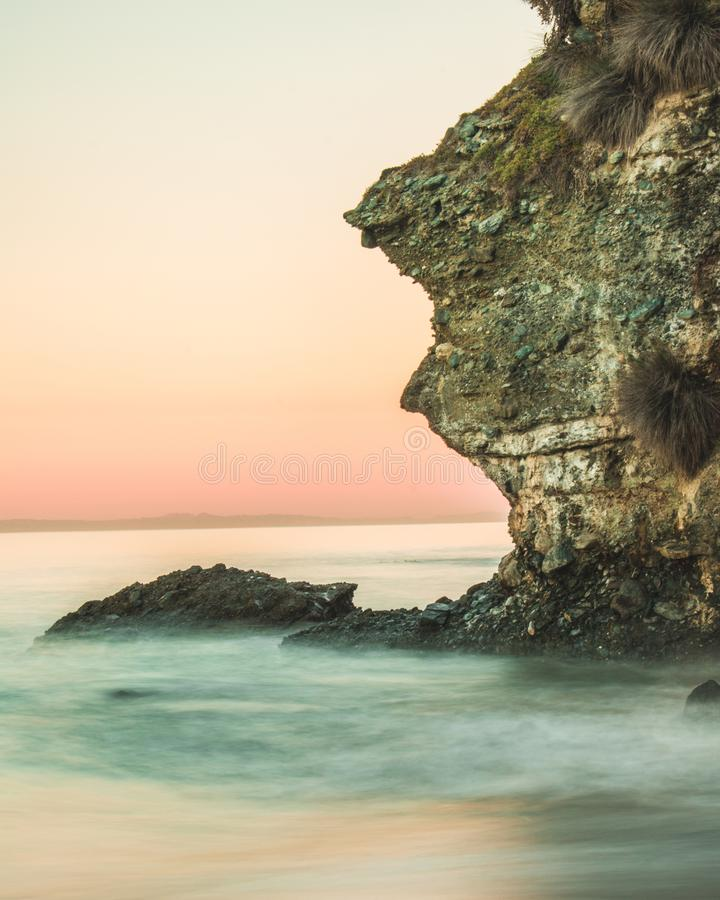 Laguna ανατολή απότομων βράχων στοκ εικόνα με δικαίωμα ελεύθερης χρήσης