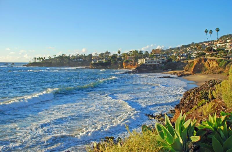 Laguna Beach, Kalifornia linia brzegowa Heisler parkiem podczas zima miesięcy obraz royalty free