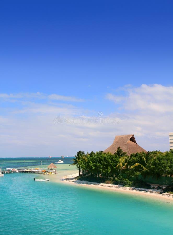Laguna de Cancun México y mar del Caribe foto de archivo libre de regalías
