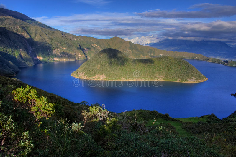 Laguna de Cuicocha fotografie stock