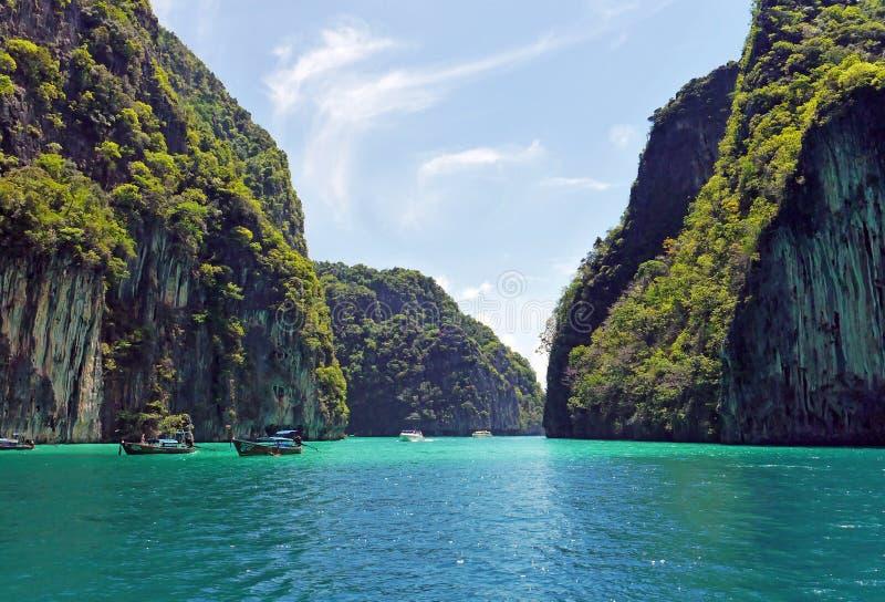 Laguna de Pileh, Phi Phi Islands, TAILANDIA imagenes de archivo
