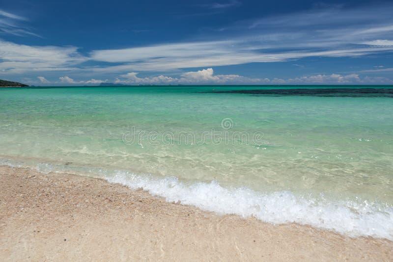 Laguna del agua de la turquesa foto de archivo
