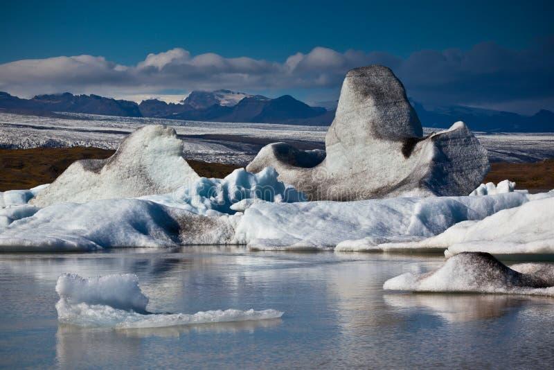 Laguna del glaciar de Jokulsarlon en el parque nacional de Vatnajokull, Islandia imagenes de archivo