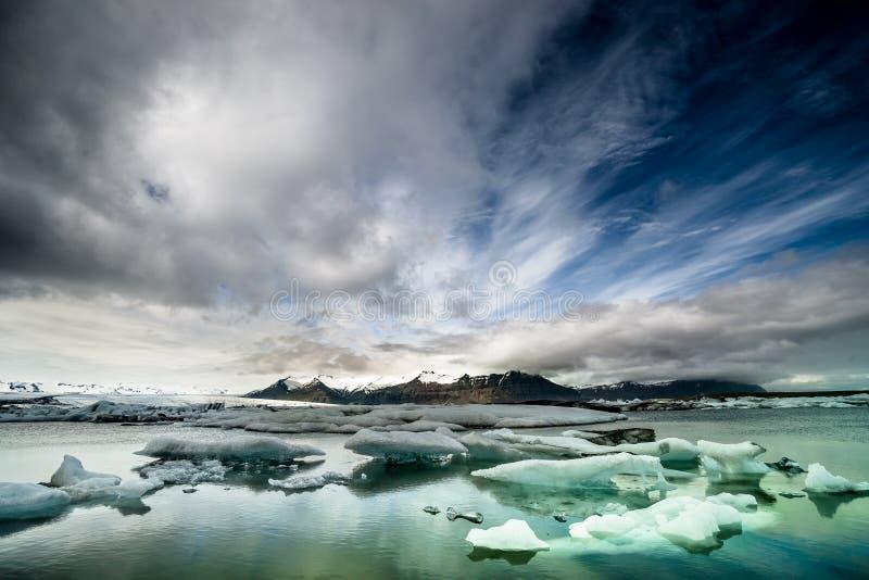 Laguna del glaciar de Jokulsarlon, Islandia foto de archivo