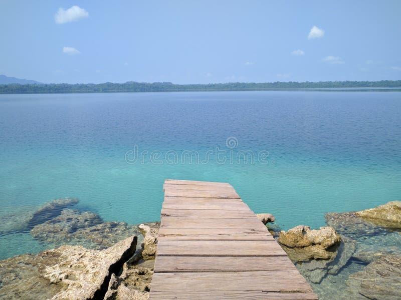 Laguna Lachua imagen de archivo libre de regalías