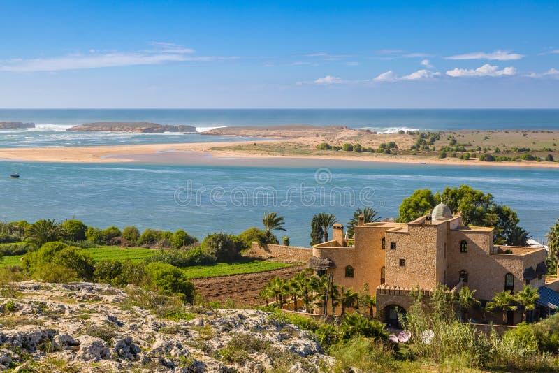 Laguna Oualidia près de Safi, Maroc image libre de droits