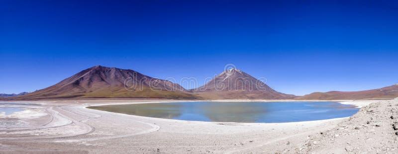 Laguna Verde e vulcano di Licancabur, Bolivia immagine stock libera da diritti