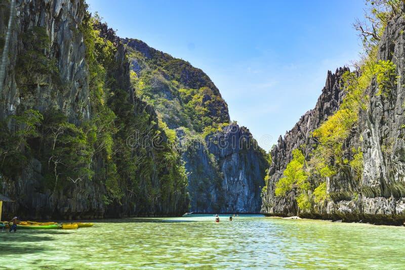 Laguna w El Nido Ja jest 1st klasowym zarząd miasta w prowincji Palawan, Filipiny zdjęcie stock