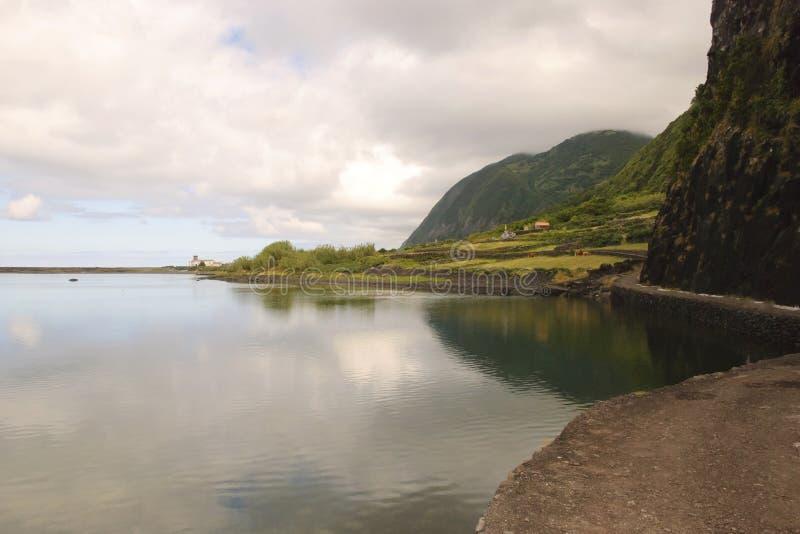 Download Lagune stockfoto. Bild von stein, nave, outdoor, ruhig - 26362328