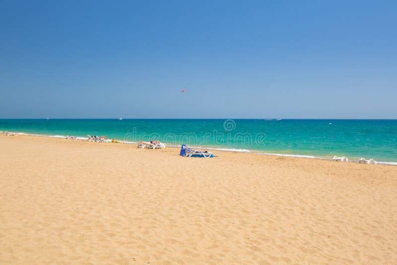 Lagune bleue de la plage sur le turc la Riviera pr?s du c?t? photographie stock libre de droits