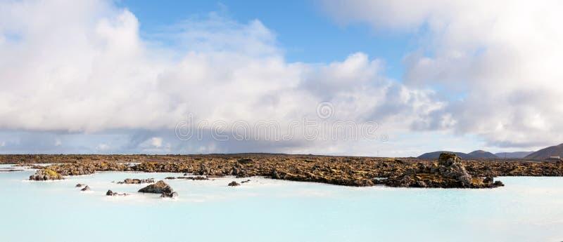 Lagune bleue - station thermale islandaise célèbre et usine géothermique, Islande images libres de droits