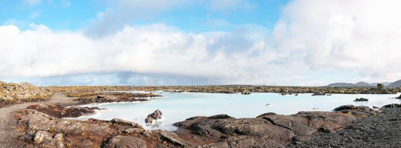 Lagune bleue - station thermale islandaise célèbre et usine géothermique, Islande image stock