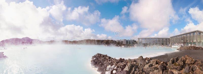 Lagune bleue - station thermale islandaise célèbre et usine géothermique, Islande photos libres de droits