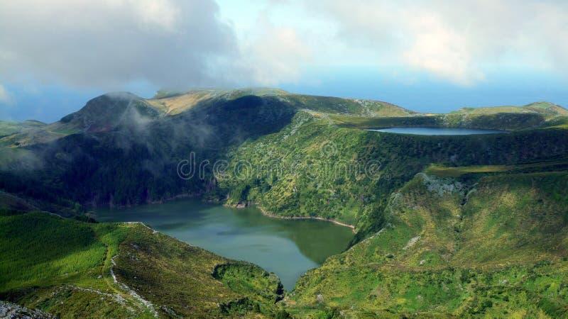 Lagune dans des îles des Açores images stock