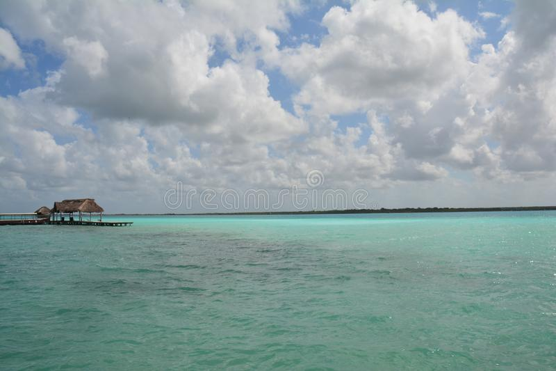 Lagune de Bacalar dans Quintana Roo Mexique photos stock